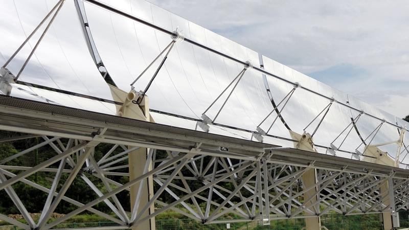 トラフ型太陽熱集熱装置